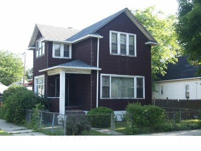 Single Family Home For Sale: 256 West 108th Place