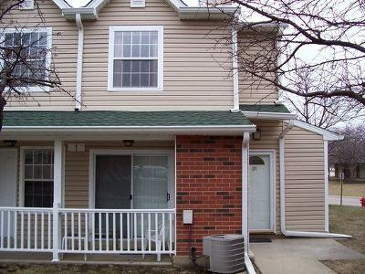 Palatine Condo/Townhouse For Sale: 1285 Wyndham Lane #101