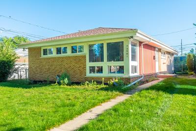 Skokie Single Family Home For Sale: 3901 Isabel Street