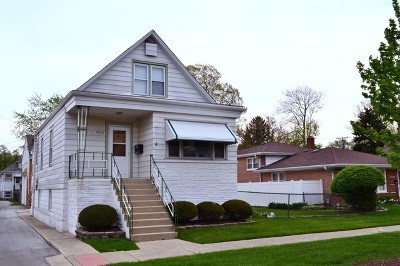 Evergreen Park  Single Family Home For Sale: 9515 South Trumbull Avenue