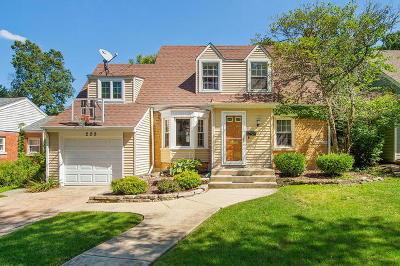 Clarendon Hills Single Family Home For Sale: 209 Grant Avenue