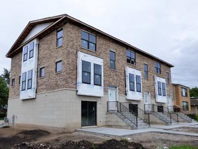 Mount Prospect Condo/Townhouse For Sale: 317 West Prospect Avenue