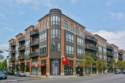 Condo/Townhouse Contingent: 600 West Drummond Place #314
