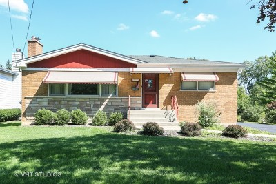 Downers Grove Single Family Home For Sale: 4531 Cumnor Road