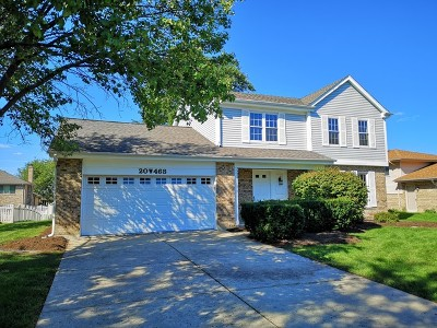Downers Grove Single Family Home For Sale: 20w468 Westminster Drive