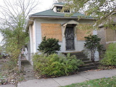 Chicago IL Single Family Home For Sale: $24,900
