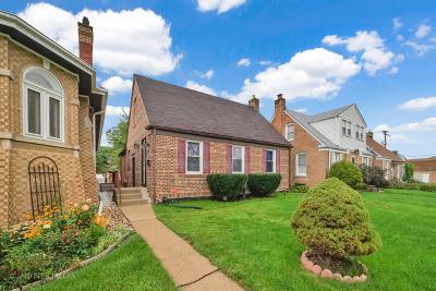 Brookfield Single Family Home For Sale: 4130 Grove Avenue