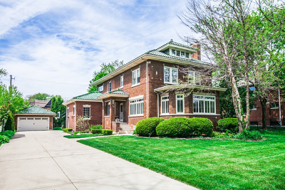 Chicago Single Family Home For Sale: 10144 South Hoyne Avenue