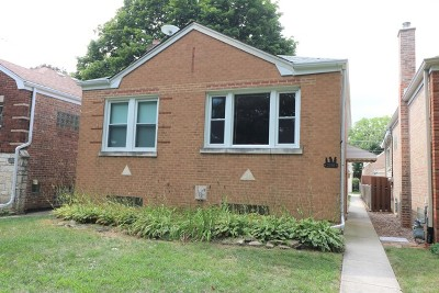 North Riverside Single Family Home For Sale: 2250 Forest Avenue