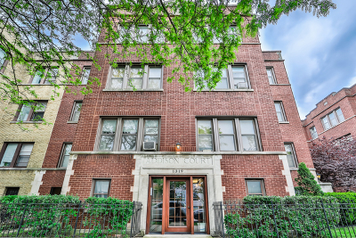 Condo/Townhouse For Sale: 1319 West Addison Street #1C