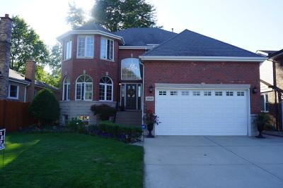 Oak Lawn  Single Family Home For Sale: 10512 Kedvale Avenue