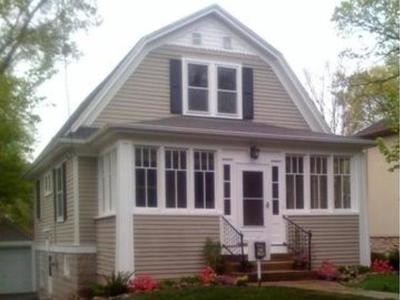Glen Ellyn Single Family Home For Sale: 461 Taylor Avenue