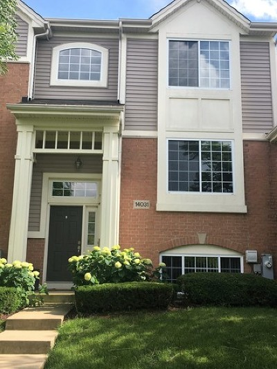 Orland Park Condo/Townhouse For Sale: 14031 South John Humphrey Drive