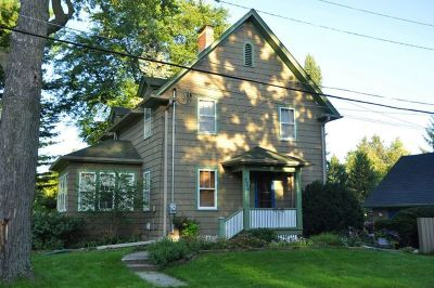 Elgin IL Single Family Home New: $219,900