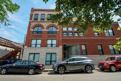 Condo/Townhouse For Sale: 2343 North Greenview Avenue #212