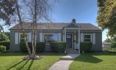 Niles Single Family Home For Sale: 6936 West Niles Terrace