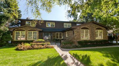 Arlington Heights Single Family Home For Sale: 1045 South Highland Avenue