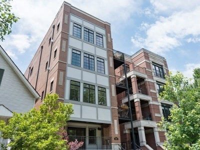 Condo/Townhouse New: 3510 North Fremont Street #1