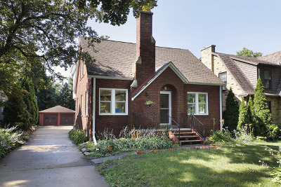 Wilmette Single Family Home For Sale: 2427 Birchwood Lane