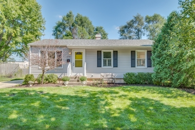 Geneva Single Family Home For Sale: 105 Ridge Lane
