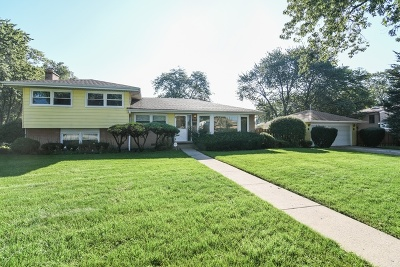 Glenview Single Family Home For Sale: 2741 Norma Court