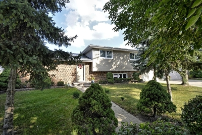 Bridgeview Single Family Home Price Change: 7351 West 84th Street
