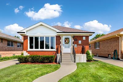Norridge IL Single Family Home New: $389,900