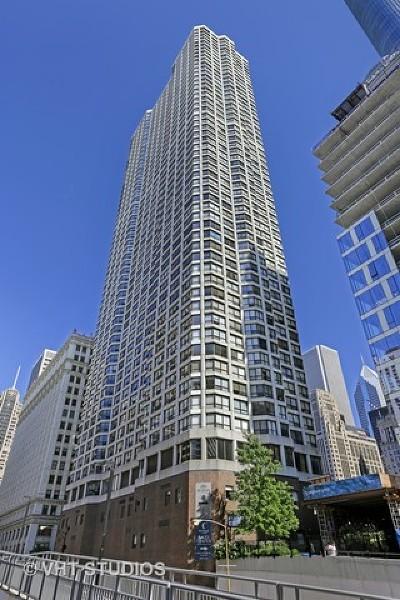 Chicago IL Condo/Townhouse New: $280,000