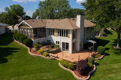 Lake Villa, Lindenhurst Single Family Home For Sale: 447 Red Rock Drive