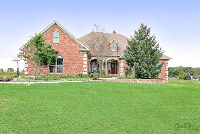 Lake Villa, Lindenhurst Single Family Home For Sale: 37666 North Fairfield Road