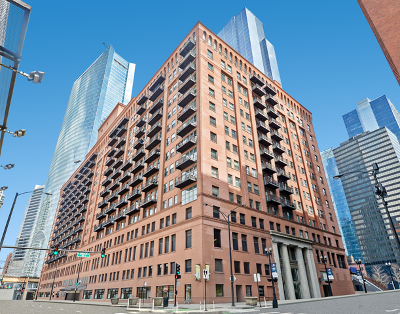 Condo/Townhouse New: 165 North Canal Street #1007