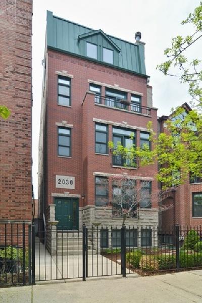 Condo/Townhouse New: 2030 North Burling Street #2