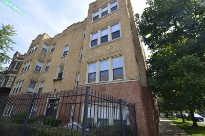 Condo/Townhouse For Sale: 1901 North Kimball Avenue #1