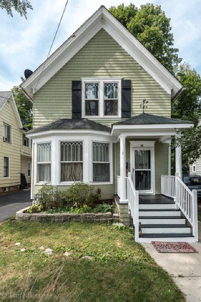 Elgin Single Family Home New: 50 Leonard Street