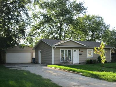 Aurora Single Family Home New: 1436 Robinwood Drive