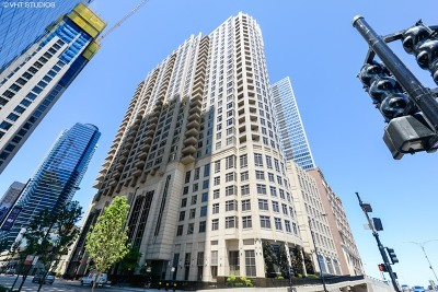 Chicago Condo/Townhouse New: 530 North Lake Shore Drive #1403