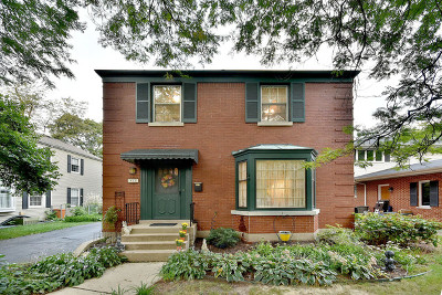 La Grange Park Single Family Home For Sale: 525 North Stone Avenue