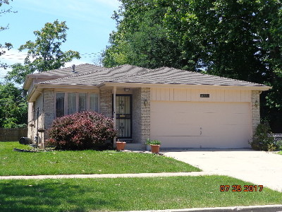 Chicago IL Single Family Home Contingent: $114,900
