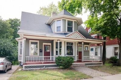 Elgin IL Single Family Home New: $168,800