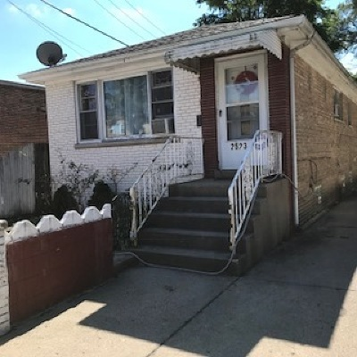 Single Family Home For Sale: 2523 West Foster Avenue