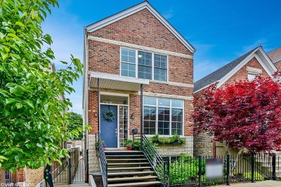 Single Family Home For Sale: 1813 North Hermitage Avenue