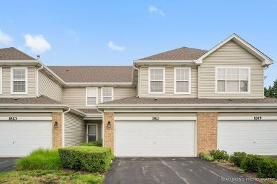 Naperville Condo/Townhouse New: 1821 Golden Gate Lane