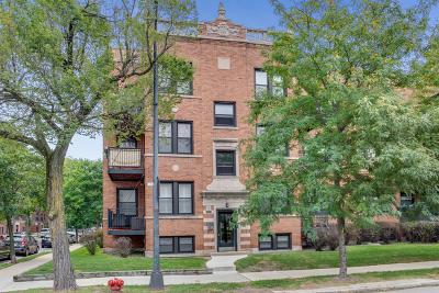 Condo/Townhouse For Sale: 4257 North Ashland Avenue #3