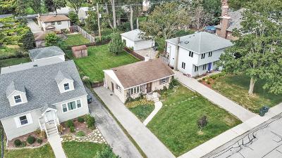 Glenview Single Family Home For Sale: 220 Elm Street