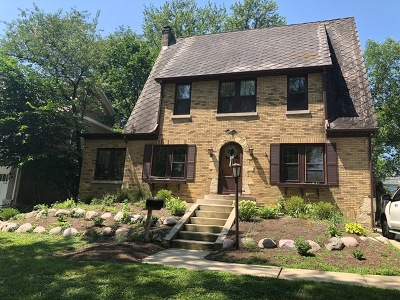 Clarendon Hills Single Family Home For Sale: 122 Tuttle Avenue