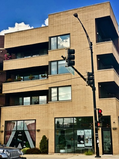 Condo/Townhouse Price Change: 2800 West Chicago Avenue #2W