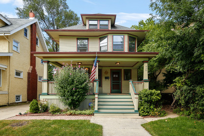 Oak Park Single Family Home For Sale: 525 South Elmwood Avenue