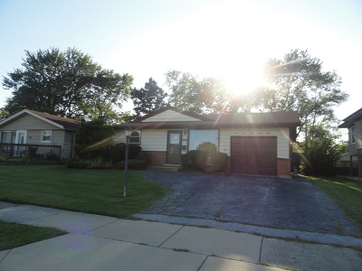 Oak Forest Single Family Home For Sale: 16428 Craig Drive