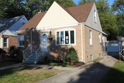 Bellwood Single Family Home For Sale: 437 Frederick Avenue