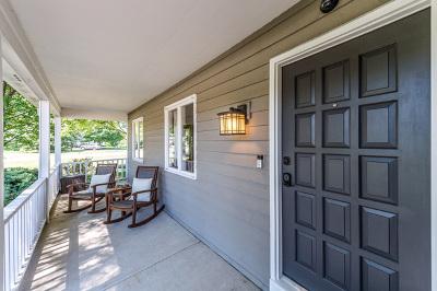 Wheaton Single Family Home For Sale: 2s540 Arrowhead Drive